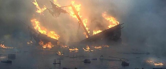 pirates of the caribbean burning ship
