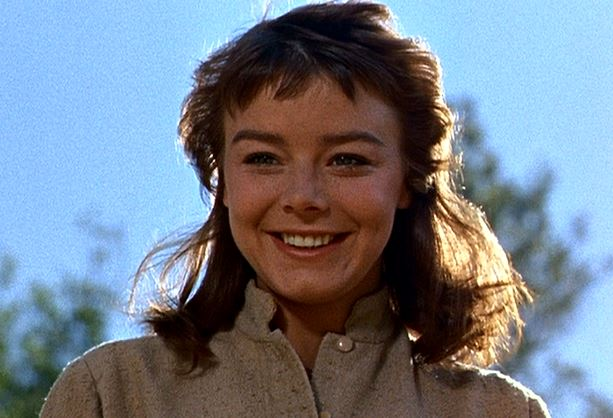 darby janet munro smile 4