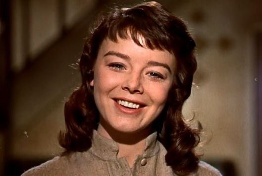 darby janet munro smile 5