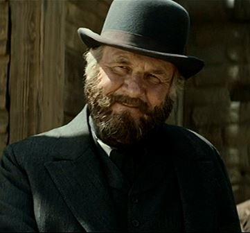 It always amazes me to see Brits act in American western-themed films!